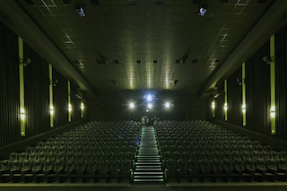 South Africa's Nu Metro Cinemas is opening Xtreme theatres at Nu Metro Emperors Palace in Johannesburg and Nu Metro Galleria on the KZN South Coast.
